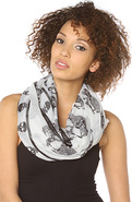 Women's The Skully And Mulder Scarf In White, Scar