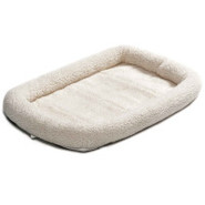 Midwest Quiet Time 18   Fleece Pet Bed