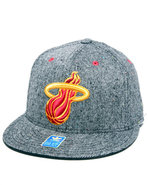 Men Miami Heat Flat Brim Tweed Snapback Hat Grey