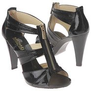 Berkley T-Strap Sandals (Black Crinkle Patent) - W