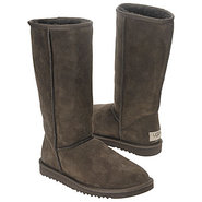 Boots Classic Tall Boot (Chocolate) - Women's UGG