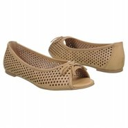Rocklea Shoes (Bone) - Women's Shoes - 8.0 M
