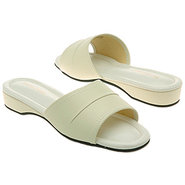 Dormie Shoes (Bone) - Women's Shoes - 11.0 N