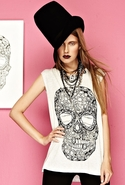 Tess Diamond Skull Tee with Inserts - Pearl - Larg
