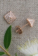 Sugar Bean Crystal Pyramid Studs in Rose Gold - Ro